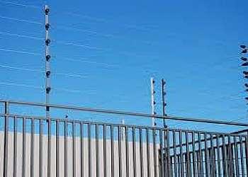 Instalação de cerca removível