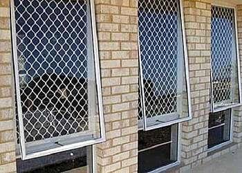 Tela de proteção para janela Poá